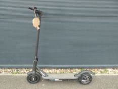 Reid electric scooter, no charger and handle grip missing