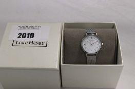 2046 - Luke Henry stainless steel wristwatch