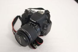 Canon EOS200D camera with carry case and lens