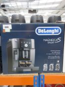 (57) De Longhi Magnifica S Smart coffee machine