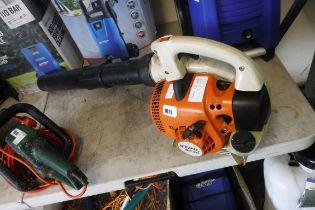 (1002) Stihl BG56 petrol leaf blower