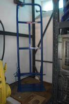 Duratool aluminium sack barrow frame (no wheels)