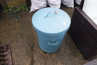 (2072) Blue painted metal garden bin