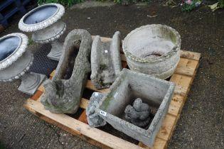 Pallet of various concrete ornaments and planters