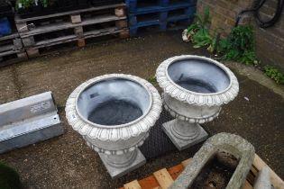 2 decorative fibre glass urn planters