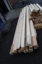 Quantity of long 4x2 wooden lengths