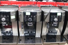 Unboxed Magnifica S Smart coffee machine (62)