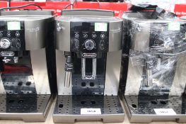 Unboxed Magnifica S Smart coffee machine (67)