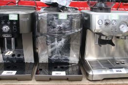 Unboxed Magnifica S Smart coffee machine (66)