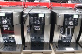 Unboxed Magnifica S Smart coffee machine (64)
