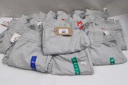 Quantity of Puma jogging bottoms in grey