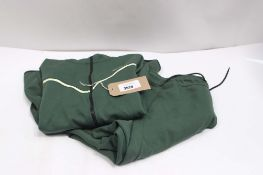 Nike tracksuit in green, size L