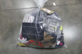 Bag containing various IT and other electrical sundries, cartridge tips, LG 3D glasses, etc
