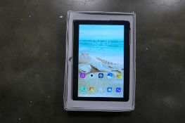 Android tablet with box and charger