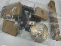 Bag containing HP dock, router, router, Gooseneck holder, etc