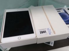 iPad Mini 4 128gb model A1538 with box