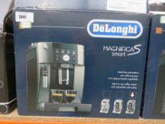 (25) Delonghi Magnifica S-Smart coffee machine