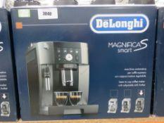 (11) Delonghi Magnifica S-Smart coffee machine