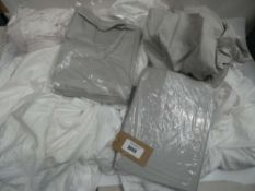 Bag of bedding sheets in grey and white