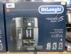 (10) Delonghi Magnifica S-Smart coffee machine
