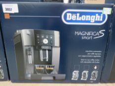 (TN76) DeLonghi Magnifica S smart coffee machine