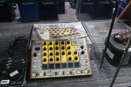 Tomcat analogue drum machine