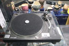 Technics Direct Drive turntable system model SL1210 MK II (no cover, no cartridge, includes tone