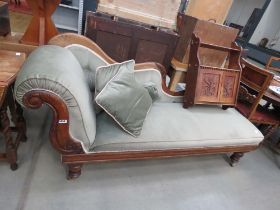 Victorian mahogany and upholstered chaise