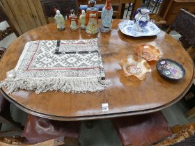 5204 Victorian walnut and marquetry centre table
