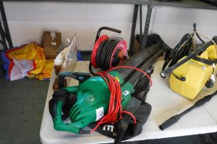 Electric leaf blower with extension lead