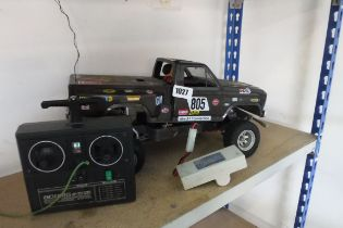 Remote control Jeep type vehicle