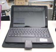 2208 - Lynix 1010B tablet 1.1 unit with attachable keyboard, Intel Atom processor, 2gb ram, 32gb