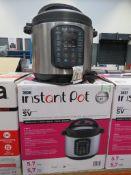 (TN6) Instant pot multi use pressure cooker with box