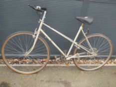 Sovereign light gold vintage cycle