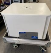 A NEXO LS400PW Subwoofer in white with mobile flight case (in working order).
