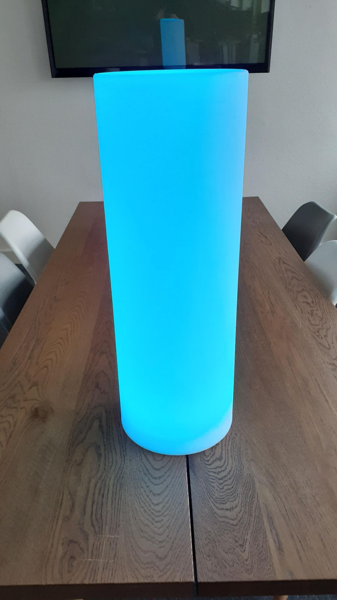 A Playlearn SLUF 70cm Light Up Cylinder with Power Supply and Remote Control (good condition, - Image 7 of 10