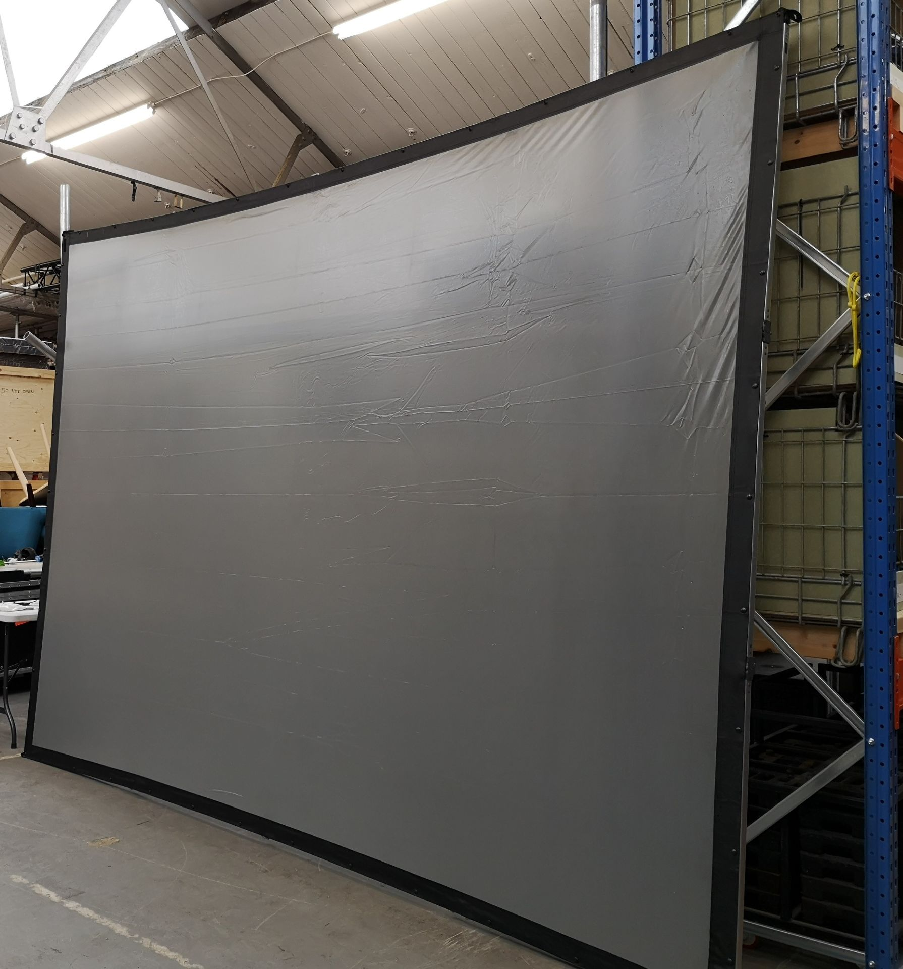 A DA-LITE 12ft x 9ft Rear Projection Fastfold Screen with frame, legs, bolts, screen surface, bag - Image 6 of 10