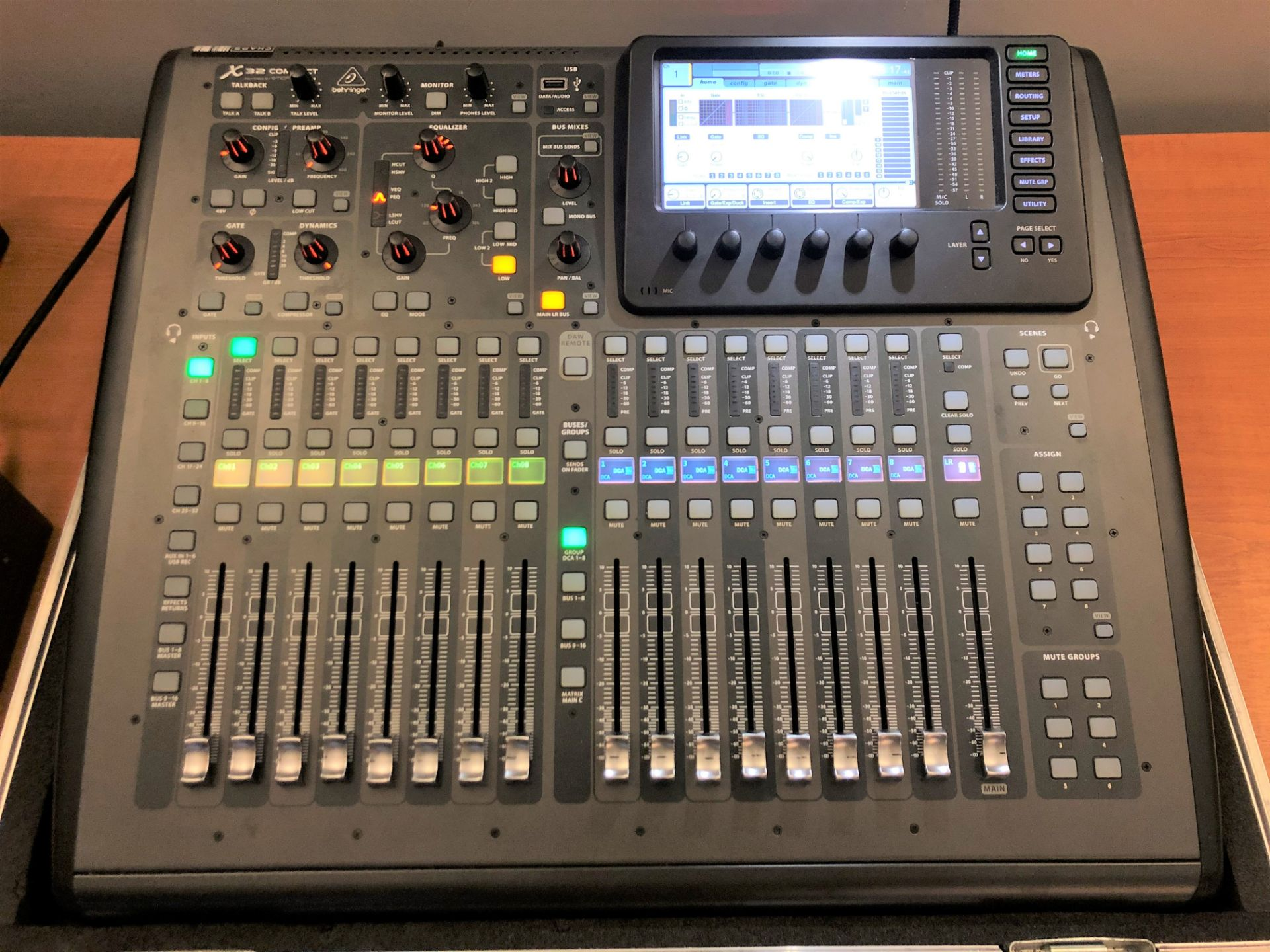 A Behringer Midas X32 Compact Digital Mixing Console with Behringer Midas S16 I/O Stage Box, 50m - Image 2 of 4