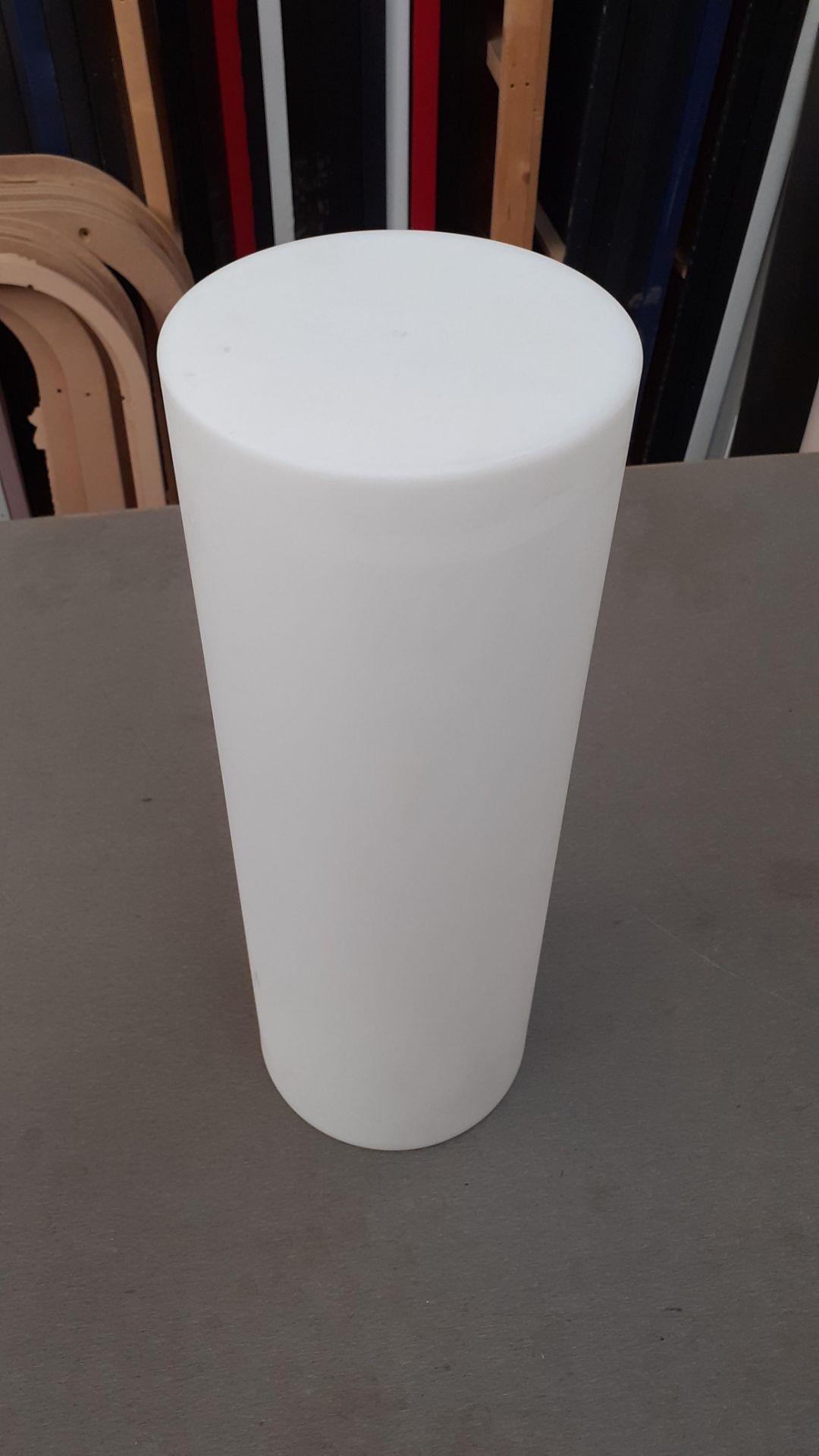 A Playlearn SLUF 70cm Light Up Cylinder with Power Supply and Remote Control (good condition, - Image 2 of 10