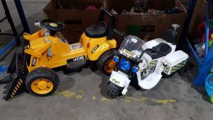 2 Items Ð 1 X JCB 6V Digger & 1 x 6V Police Trike