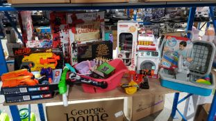 Contents Of Shelf - Mixed Toys To Include Nerf Alphastrike / Fortnite Guns, 10 Game Set, Cadson...