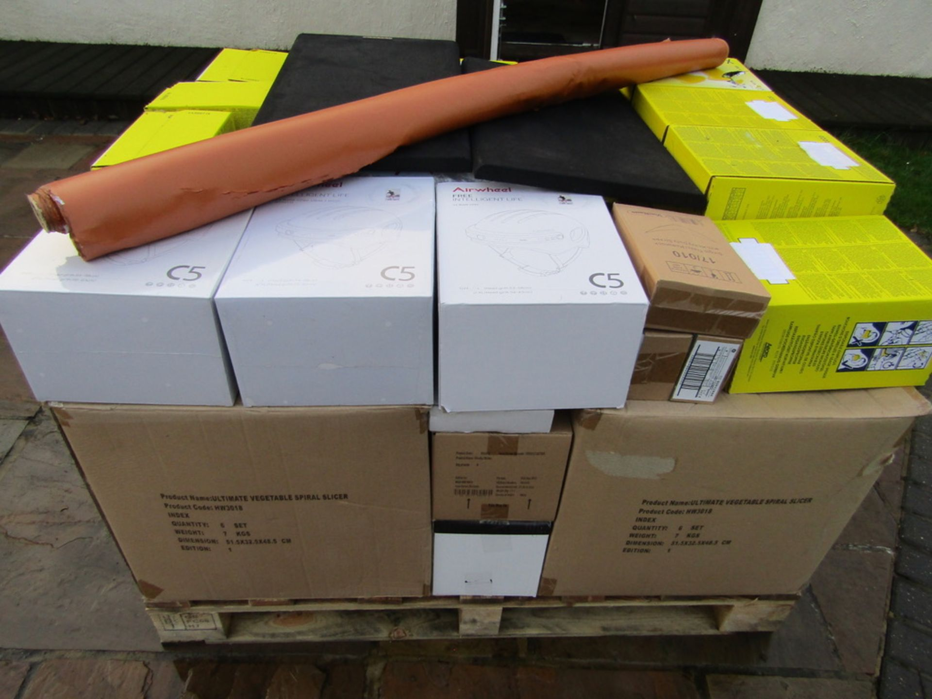 Mixed Pallet Load of Brand New and Used Retail Stock. RRP. £6648.00 - Image 2 of 10
