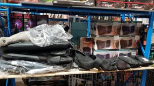 Approx. 24 Items - Mixed Massage Lot To Include 14 X Well Being Mini Massage Cushion & 3 X Ma...