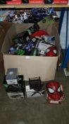 Contents Of Large Box - Mixed Lot To Include Desktop LED Clock Fan, Smartphone Projector 2.0,...