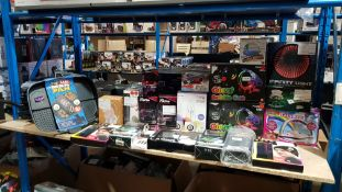 Approx. 29 Items - Mixed Lot To Include The Lazy Man Pan, Giant Bubble Gun, HD 1080p Action Ca...