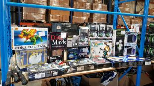 Approx. 24 Items - Mixed Lot To Include Frilled Lizard Robot Kit, 5 In 1 Mechanical Coding Rob...