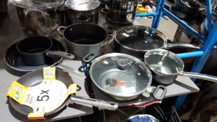 7 Items : Mixed Pan Set To Include Tefal & Scoville