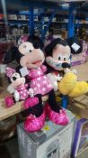 4 Disney Items : 2 X Large Micky & Minnie Mouse & 2 X Small Micky & Minnie Mouse