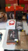 5 Items : 2 X Blackweb Wireless Headphones, 1 X Onn Wireless Headphones, 1 X Venom Twin Docking Sta