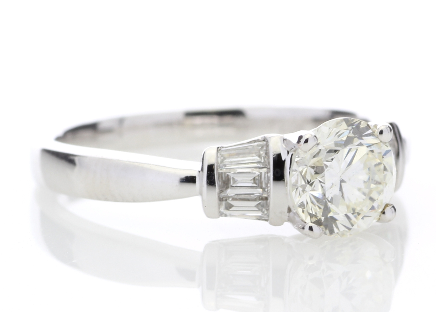 18ct White Gold Baguette Set Shoulders Diamond Ring 1.26 Carats - Image 4 of 4
